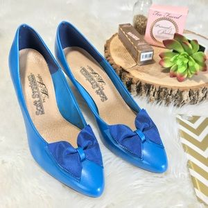 Soft System by Life Stride BowTie Heels in Blue